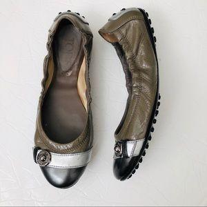 Tod's foldable packable flats designer toe cap